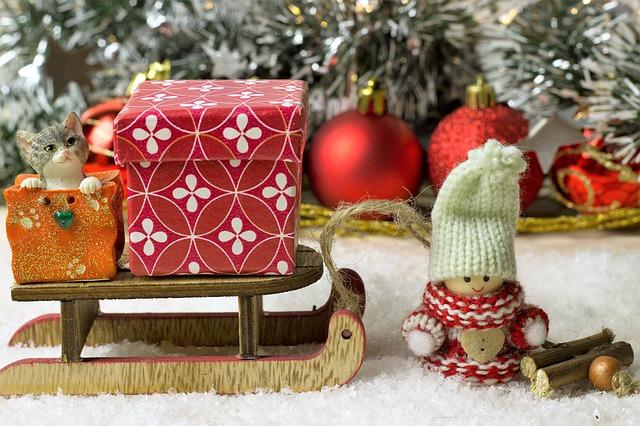 christmas, snow, wood